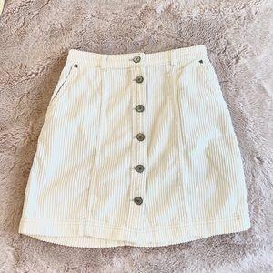Abercrombie & Fitch white corduroy mini skirt